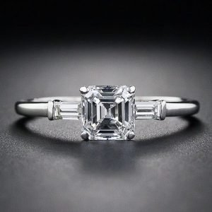assher square cut diamon ring