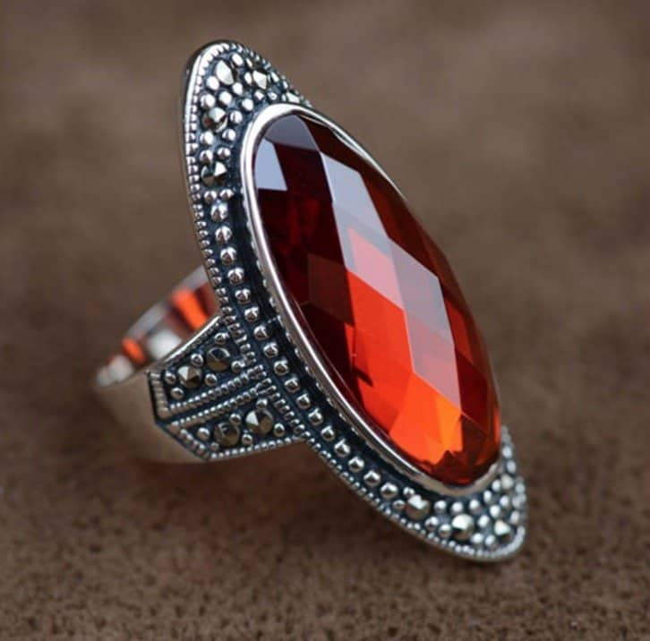 oval-jacinth-red-zircon-silver-ring