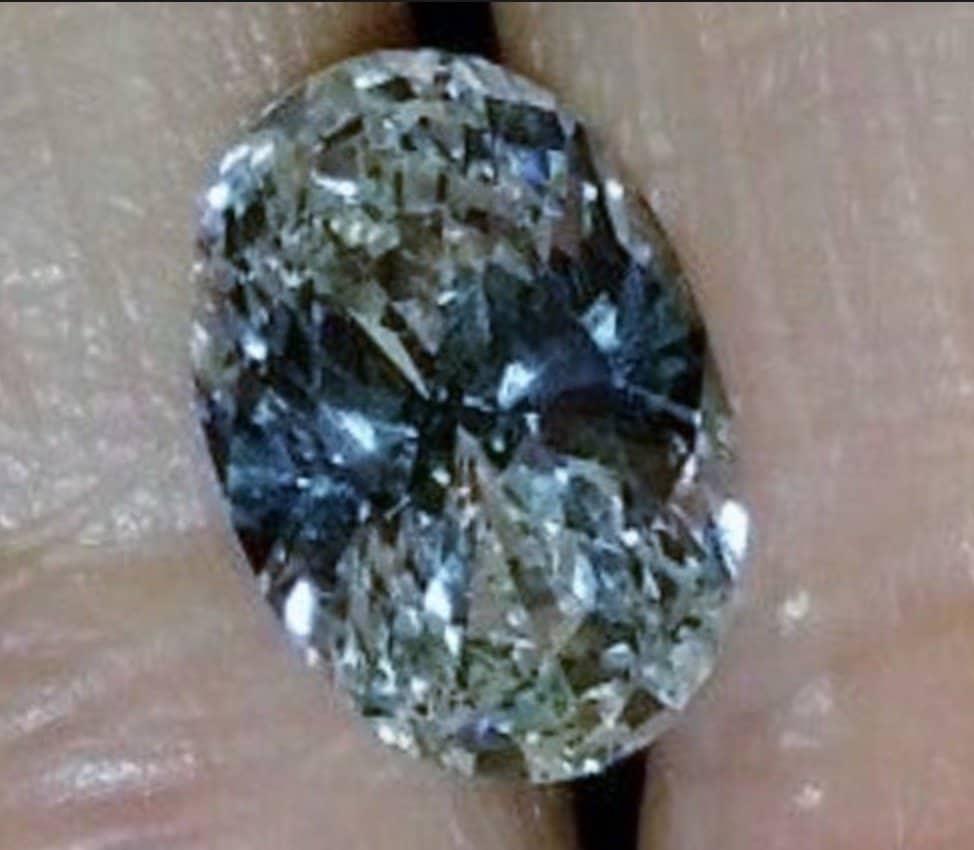 bow-tie-effect-diamond