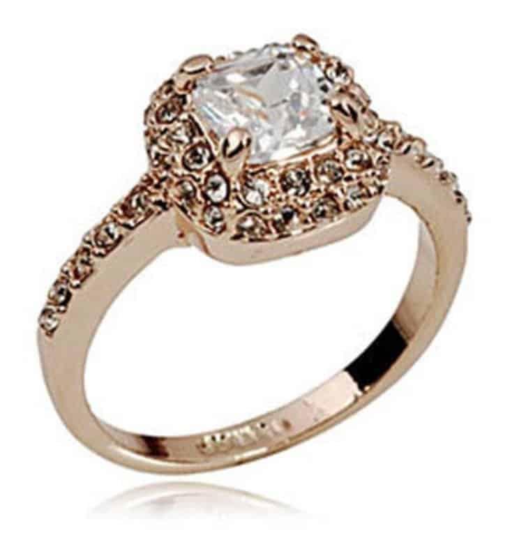 golden-zircon-ring
