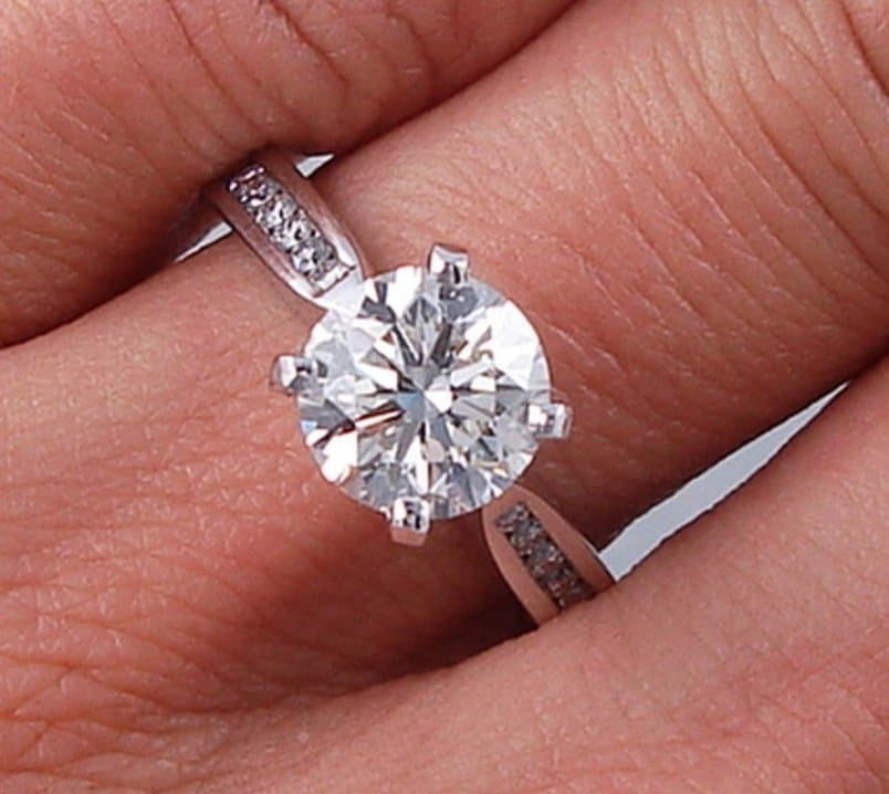 brilliant round engagement ring pros and cons