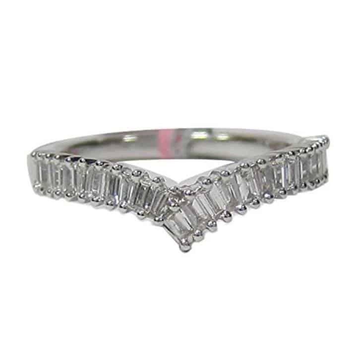 18K Curved Emerald Cut Diamond Wedding Band