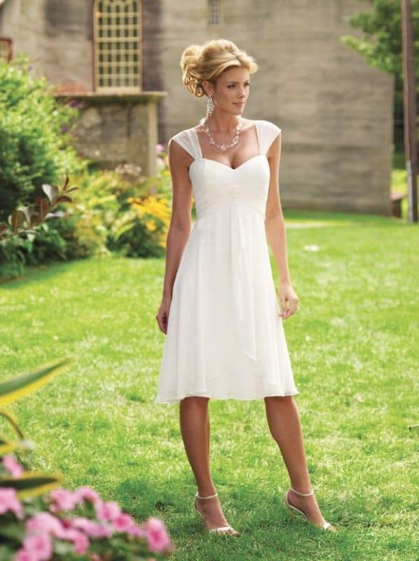 casual wedding gown for beach wedding