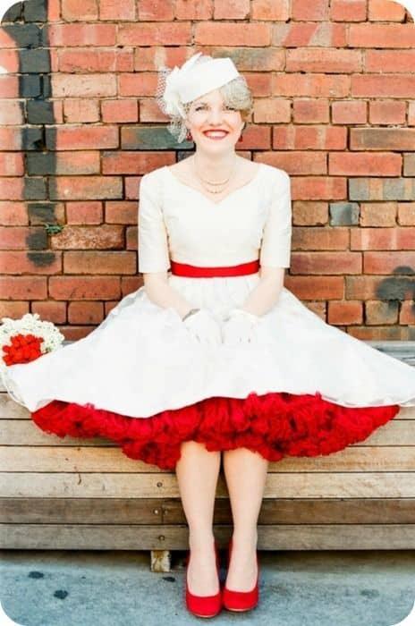 wedding dress w petticoat