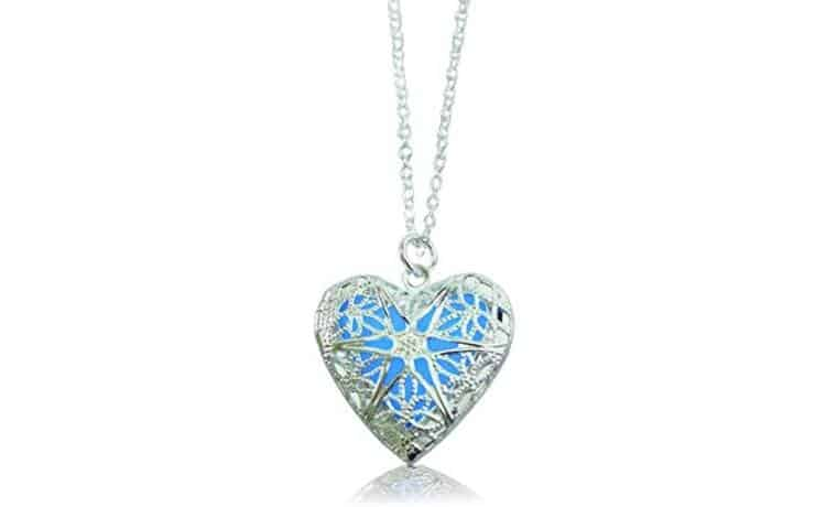 Necklace Set with Heart Lockets