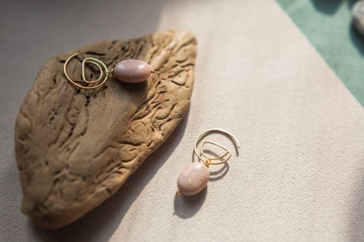 Pink Gemstones Buying Guide Pink Opal